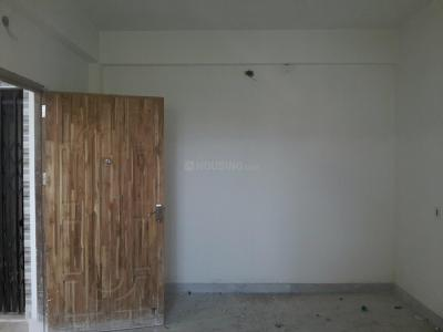 Gallery Cover Image of 840 Sq.ft 2 BHK Apartment for rent in South Dum Dum for 8000
