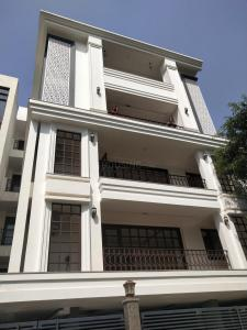Gallery Cover Image of 2862 Sq.ft 3 BHK Independent Floor for buy in DLF Phase 5, DLF Phase 5 for 23000000
