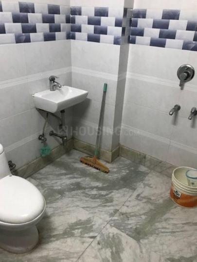 Common Bathroom One Image of 1800 Sq.ft 3 BHK Independent Floor for rent in Sector 19 Rohini for 23000