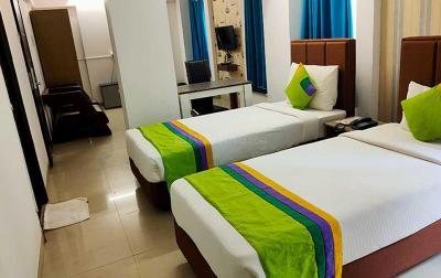 Bedroom Image of PG In Viman Nagar-girls/boys/couples in Viman Nagar