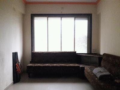 Gallery Cover Image of 650 Sq.ft 1 BHK Apartment for rent in Kalyan West for 10000