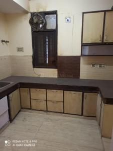 Gallery Cover Image of 1800 Sq.ft 4 BHK Apartment for rent in Meera Bai Apartments, Sector 5 Dwarka for 30000