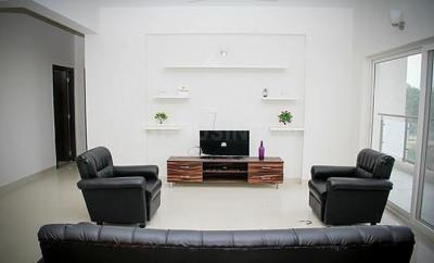 Gallery Cover Image of 1500 Sq.ft 1 BHK Apartment for rent in Colive Centre Point, Marathahalli for 24000