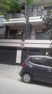 Gallery Cover Image of 900 Sq.ft 2 BHK Independent Floor for rent in Ramesh Nagar for 20000