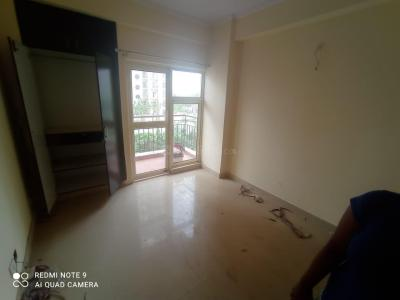 Gallery Cover Image of 950 Sq.ft 1 BHK Apartment for rent in GOLF CITY, Sector 75 for 15000