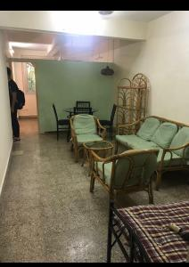 Gallery Cover Image of 600 Sq.ft 1 BHK Apartment for rent in Sunita, Cumballa Hill for 55000