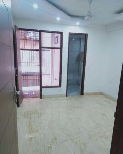 Gallery Cover Image of 1800 Sq.ft 3 BHK Independent Floor for rent in MU Greater Noida for 18000