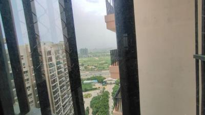 Gallery Cover Image of 1600 Sq.ft 3 BHK Apartment for buy in Landcraft Golf Links Phase 2, Pandav Nagar for 5200000