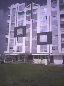 Gallery Cover Image of 950 Sq.ft 2 BHK Apartment for buy in Silicon Shelter, Rau for 2300000