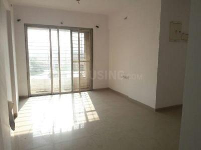 Gallery Cover Image of 650 Sq.ft 1 BHK Apartment for rent in Mhatre Nagar for 9500
