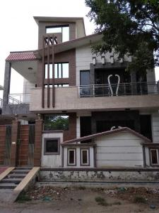 Gallery Cover Image of 2800 Sq.ft 3 BHK Independent House for buy in PI Greater Noida for 13000000
