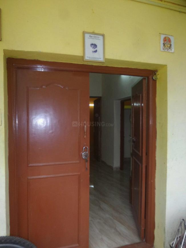 Main Entrance Image of 1000 Sq.ft 2 BHK Independent Floor for rent in Velachery for 13000