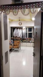 Gallery Cover Image of 650 Sq.ft 1 BHK Apartment for rent in Shiv Veer, Kandivali West for 21000