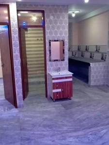 Gallery Cover Image of 1200 Sq.ft 3 BHK Independent Floor for buy in Jamia Nagar for 4500000