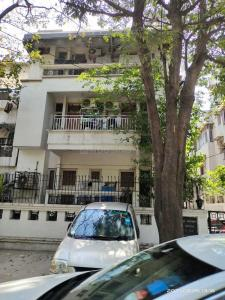Gallery Cover Image of 1400 Sq.ft 3 BHK Apartment for buy in Green Park for 22500000