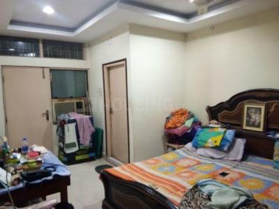 Gallery Cover Image of 1050 Sq.ft 2 BHK Apartment for rent in Jubilee Hills for 28000