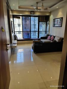 Gallery Cover Image of 800 Sq.ft 2 BHK Apartment for rent in Evershine Millenium Paradise Phase 1, Kandivali East for 38000