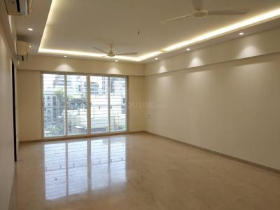 Gallery Cover Image of 1000 Sq.ft 3 BHK Apartment for rent in Bandra West for 160000