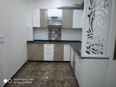 Gallery Cover Image of 1000 Sq.ft 3 BHK Apartment for rent in Defence Enclave, Sector 44 for 18000