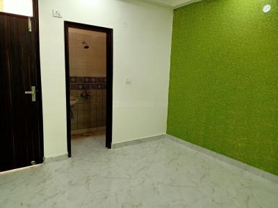 Gallery Cover Image of 750 Sq.ft 1 BHK Apartment for buy in Defence Enclave, Sector 44 for 1950000