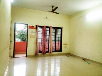 Gallery Cover Image of 1100 Sq.ft 2 BHK Apartment for rent in Sunil Flats, Adambakkam for 15000
