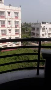 Gallery Cover Image of 1200 Sq.ft 3 BHK Apartment for rent in New Town for 25000