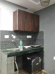 Kitchen Image of Anshu PG in Ranjeet Nagar