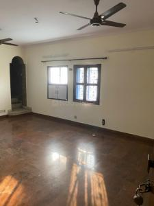 Gallery Cover Image of 1300 Sq.ft 2 BHK Independent House for rent in Janakpuri for 26500