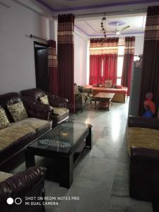 Gallery Cover Image of 1065 Sq.ft 2 BHK Apartment for buy in Indira Nagar for 3100000