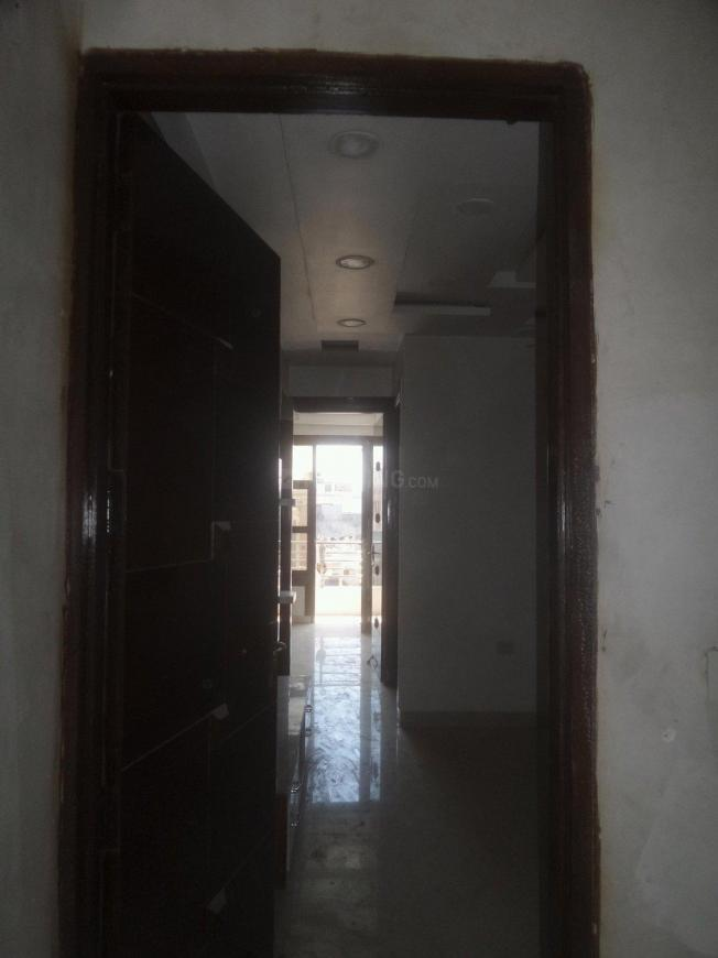 Main Entrance Image of 600 Sq.ft 2 BHK Apartment for rent in Mahavir Enclave for 12000