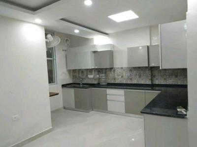 Gallery Cover Image of 1250 Sq.ft 2 BHK Apartment for rent in Sector 78 for 25000