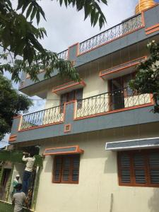 Gallery Cover Image of 1500 Sq.ft 3 BHK Independent Floor for rent in R.K. Hegde Nagar for 11500