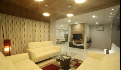 Gallery Cover Image of 2200 Sq.ft 4 BHK Apartment for rent in Bandra West for 400000