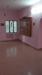 Gallery Cover Image of 580 Sq.ft 1 BHK Apartment for buy in Bharath Plaza, Srirangam for 2500000