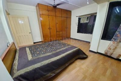 Gallery Cover Image of 700 Sq.ft 1 BHK Apartment for rent in Bandra West for 60000