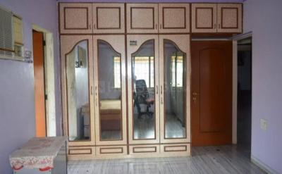 Gallery Cover Image of 945 Sq.ft 2 BHK Apartment for buy in Kandivali East for 14500000