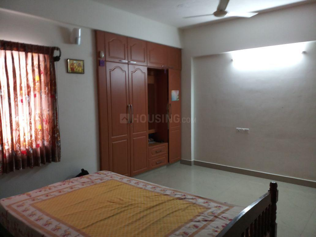Bedroom Image of 2180 Sq.ft 3 BHK Apartment for rent in Thoraipakkam for 38000