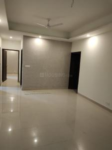 Gallery Cover Image of 1250 Sq.ft 2 BHK Apartment for rent in Mahagun Moderne, Sector 78 for 18000