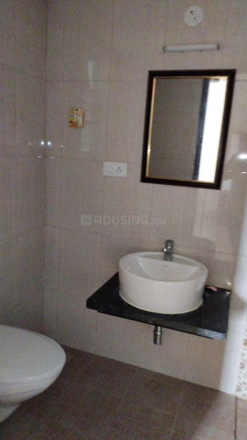 Common Bathroom Image of 1365 Sq.ft 2 BHK Apartment for rent in Kudlu Gate for 35000