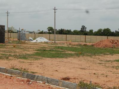 Gallery Cover Image of 1200 Sq.ft Residential Plot for buy in Kadugodi for 2760000
