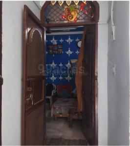 Gallery Cover Image of 500 Sq.ft 1 BHK Independent Floor for buy in Shahdara for 1700000