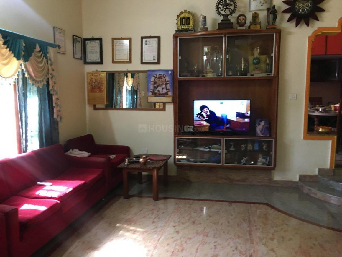 Living Room Image of 7600 Sq.ft 5+ BHK Independent House for buy in Hebbal Kempapura for 46000000