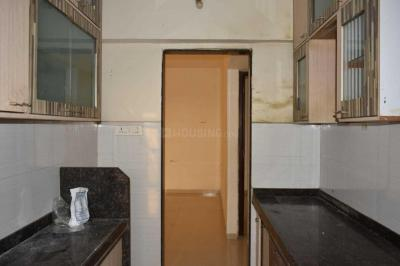 Gallery Cover Image of 850 Sq.ft 2 BHK Apartment for rent in Bandra East for 28000