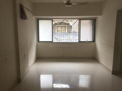 Gallery Cover Image of 875 Sq.ft 2 BHK Apartment for rent in Kandivali East for 30000