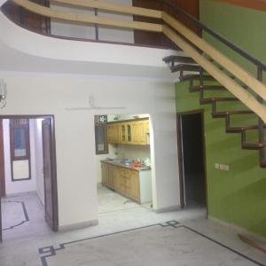 Gallery Cover Image of 2200 Sq.ft 5 BHK Villa for rent in Sector 51 for 70000