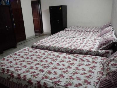 Bedroom Image of Reeta Dubey PG in Sector 41