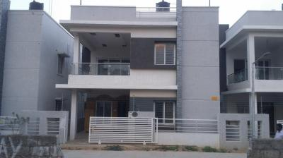 Gallery Cover Image of 2650 Sq.ft 3 BHK Villa for rent in Puppalaguda for 27000