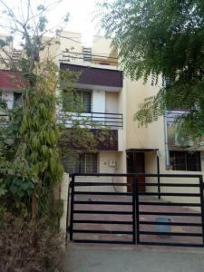 Gallery Cover Image of 225 Sq.ft 3 BHK Independent House for rent in Chandkheda for 13000