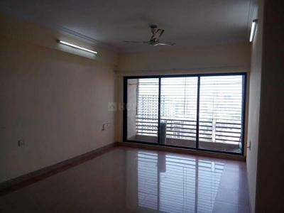 Gallery Cover Image of 1700 Sq.ft 3 BHK Apartment for rent in Malad East for 52000