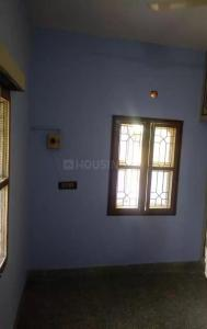 Gallery Cover Image of 650 Sq.ft 1 BHK Apartment for rent in Valasaravakkam for 8000